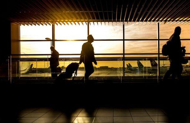 Рейс изПетербурга вНорильск задержали на13 часов