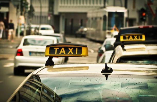 Нелегальный рынок такси вРоссии резко вырос