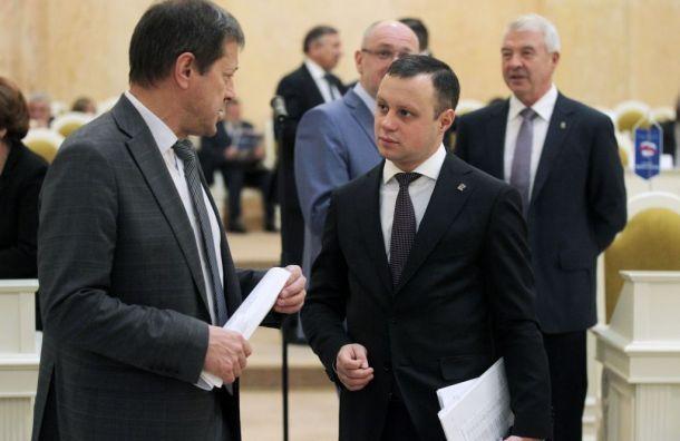 Депутат хочет избавить петербуржцев отзасилья рекламы вкино