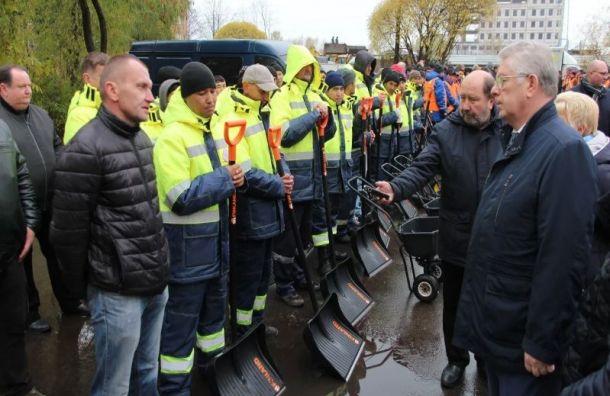 Глава Жилищного комитета проверил готовность Невского района кзиме