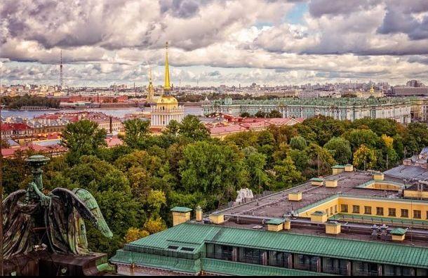 Заявки на электронные визы в Петербург подали почти шесть тысяч человек