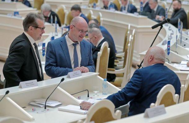 Более 80 петербургских депутатов подписали «письмо трехсот»