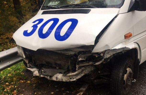 Три пассажира маршрутки пострадали ваварии синомаркой