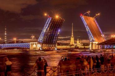 Более 14 тысяч иностранцев посетили Петербург поэлектронным визам