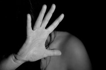 Дочь-подростка бизнесмена похитили наЛиговском проспекте