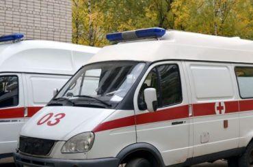 Студент-химик опрокинул насебя банку серной кислоты наПарнасе