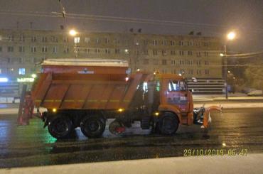 Заночь вПетербурге выпало более 4см снега