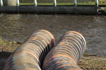 Смольному разрешили неотчитываться обочистке сточных вод