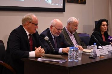 Кириллов ушел собсуждения членами СПЧ разгона Первомая