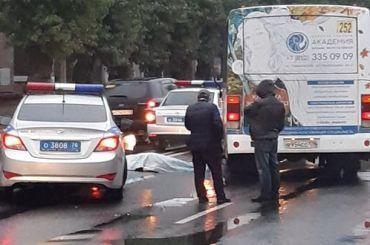 Маршрутка насмерть сбила женщину наулице Маршала Говорова