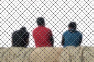 После рейда наМосковском проспекте изРоссии выдворили 15 мигрантов