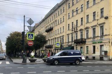 Сын Боярского уличил спецсвязь внеправильной парковке