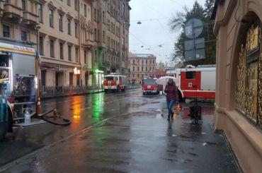 Расселенный дом Басевича горел утром наПетроградской стороне