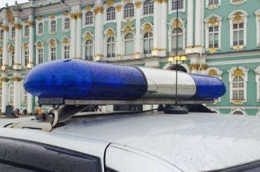 Jaguar экс-хоккеиста «Северстали» Гимбатова сожгли вПетербурге