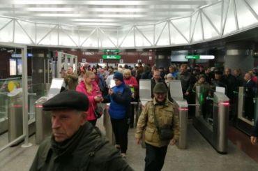 Более 14 тысяч пассажиров прокатились нановых станциях метро