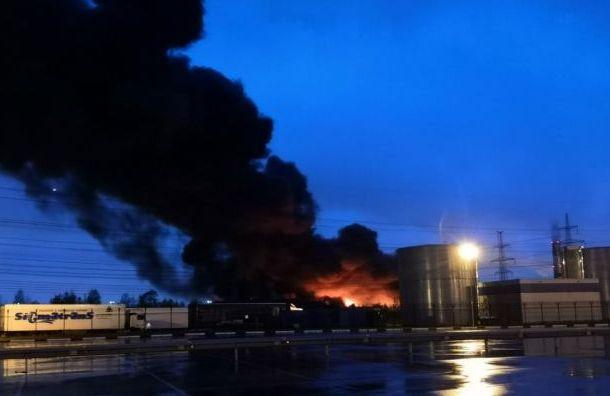 Пожар наскладе вПетро-Славянке локализовали