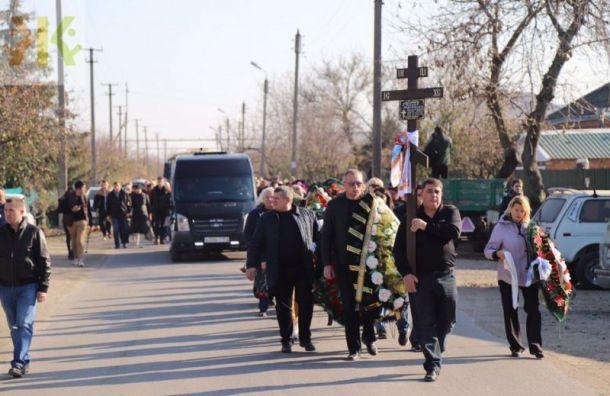 Убитую Соколовым Анастасию Ещенко похоронили взакрытом гробу