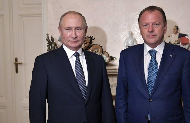 Путин призвал заменить «Википедию» «Большой российской энциклопедией»