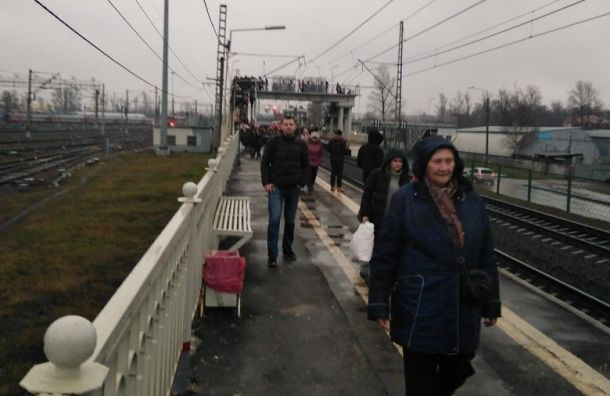 Сломавшийся состав задержал отправление электричек сМосковского вокзала