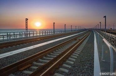 Первые билеты напоезда через Крымский мост начнут продавать 8ноября