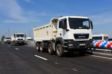 Смольный потратит наремонт дорог 2 млрд рублей