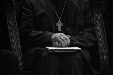 Уголовное дело завели нарязанского священника, избивавшего жену