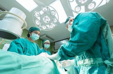 Петербургские нейрохирурги вылечили малыша отредкого заболевания