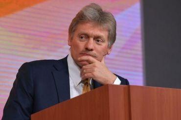 Песков: Путин вкурсе дела ожестоком убийстве девушки вПетербурге