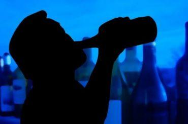 Правительству предложили ограничить время продажи алкоголя