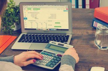 Самозанятых петербуржцев могут обложить налогом