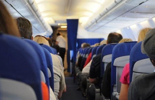 Пьяный мужчина подрался наборту самолёта Петербург— Москва