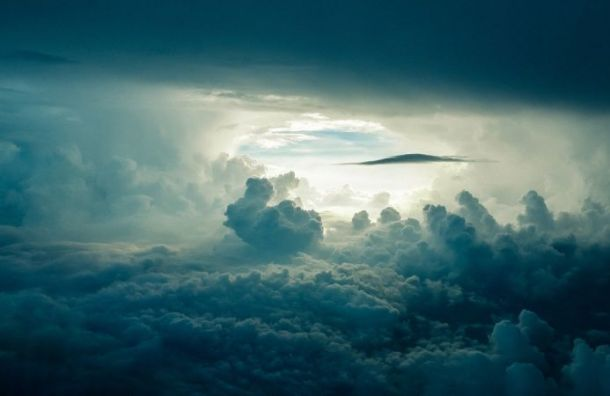 Погода ожидается облачная спрояснениями