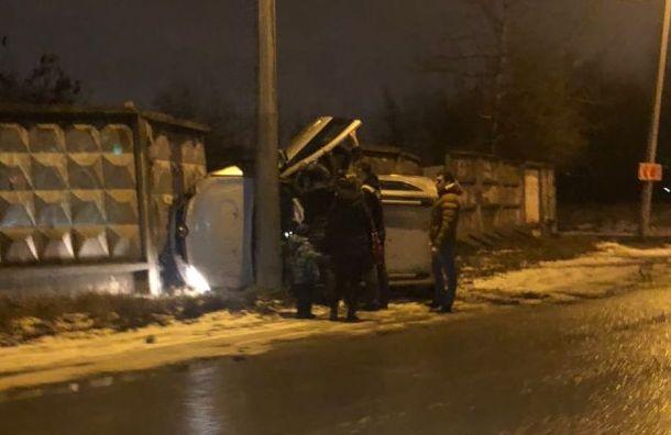 Мокрый снег спровоцировал вПетербурге аномальные пробки