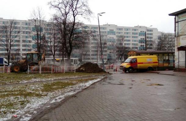 Жители Софийской остались без отопления из-за прорыва трубы