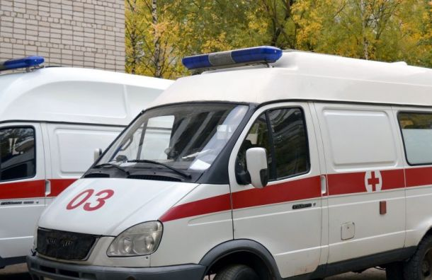 Иномарка сбила подростка наСреднеохтинском проспекте