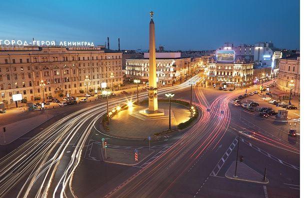 Стелу «Городу Герою Ленинграду» хотят убрать сВосстания