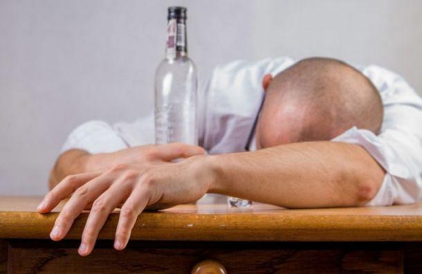 Петербуржцы стали чаще умирать оталкогольных отравлений