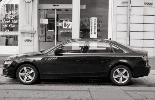 Продажи машин вПетербурге упали на3% за2019 год