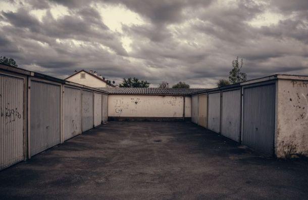 Владельцы гаражей ненамерены освобождать незаконную постройку