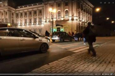 Обманутые дольщики встали внепрерывный пешеходный переход уЗакСа