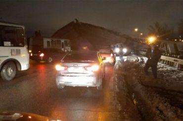 Два человека пострадали после обрушения моста вОренбурге