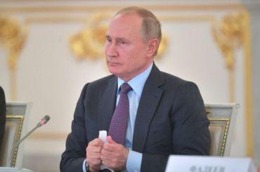 Путин пообещал подумать над предложением сделать 31декабря выходным