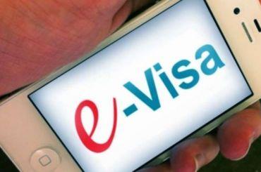Иностранцы подали около 100 тысяч заявок наэлектронные визы вПетербург