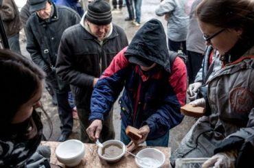 «Ночлежка» начала сбор новогодних подарков для бездомных