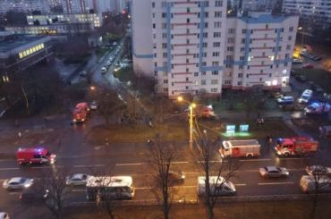 Два человека пострадали при пожаре вдоме наСеребристом бульваре