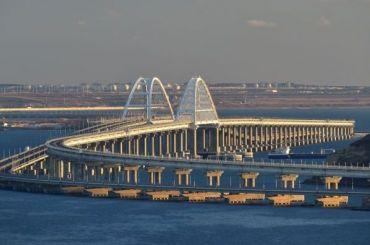 Поезд Петербург— Севастополь первым пройдет поКрымскому мосту