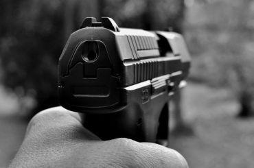 Полицейские вМельбурне выстрелили вмужчину из-за угрозы ножом