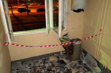 НаМаршала Захарова взорвалась труба