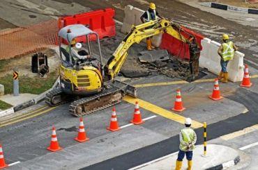 Три подрядчика займутся ремонтом петербургских дорог