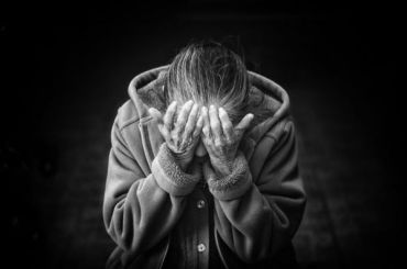 Пожилая петербурженка помогла цыганке илишилась пенсии